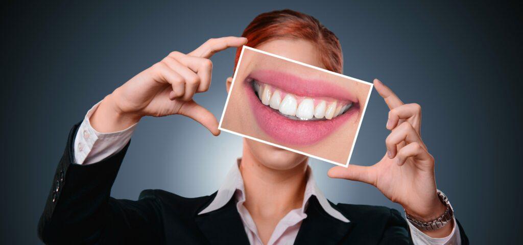 Современные виды отбеливания зубов